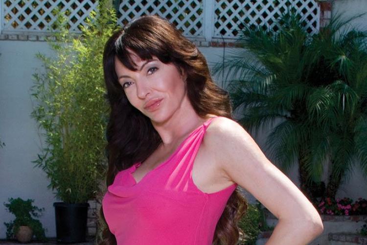 Samantha Kluge - myfirstclasslife.com